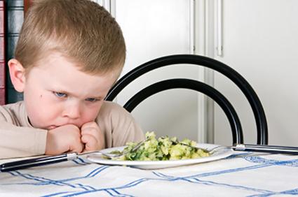 Thiếu sắt ở trẻ nhỏ ba mẹ không nên xem thường